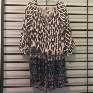 Flowing fun pattern Roxy dress